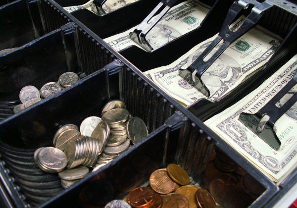 Kasy fiskalne online – nowe obowiązki przedsiębiorców